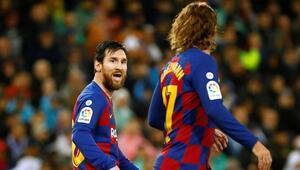 Barcelona idmanında şok kavga Lionel Messi...