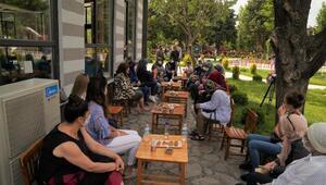 Balıkesir Büyükşehir Belediyesi kadınları dinliyor