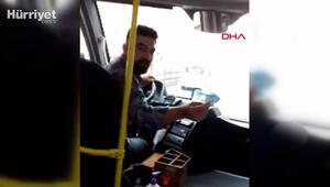 Minibüste şoföre maske uyarısı yapınca hakarete uğradı; o anlar kamerada
