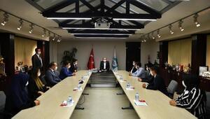 AK Parti Gençlik Kollarından Başkan Büyükkılıça ziyaret