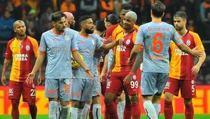 Son dakika | Süper Ligde 29. hafta hakemleri açıklandı Başakşehir - Galatasaray maçı Ali Palabıyıkın...