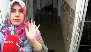 Esenyurtta evleri su içerisinde kalan vatandaşlar belediyeye isyan etti