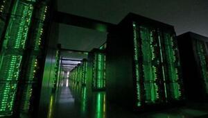 Dünyanın en hızlı süper bilgisayarı koronavirüsle mücadele ediyor