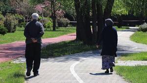 65 yaş üstü sokağa çıkma yasağı kalktı mı 65 yaş üstü seyahat izin belgesi ile ilgili açıklama