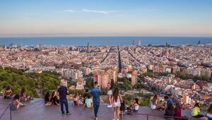 Kendini size sevdireceğinden emin, neşeli ve mistik bir ispanyol: Barselona