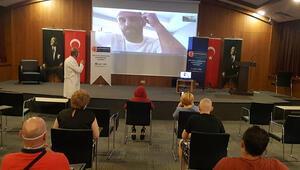 Vedat Muriqi, Kosovalı hastalara moral verdi