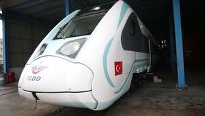 Son dakika... Büyük gün pazartesi: Milli elektrikli tren raylara iniyor