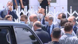 Cumhurbaşkanı Erdoğan cuma namazını Kerem Aydınlar Camiinde kıldı
