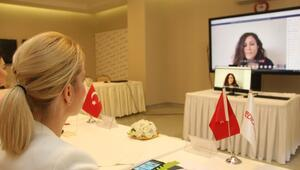 Medical Park İzmir hemşire adaylarını Kariyer Günleri'nde buluşturdu