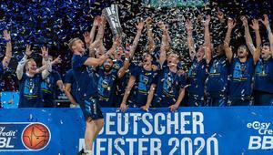 Almanyada şampiyon Alba Berlin oldu