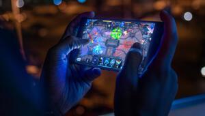 Koronavirüs ile birlikte kadınlar mobil oyun alışverişini artırdı