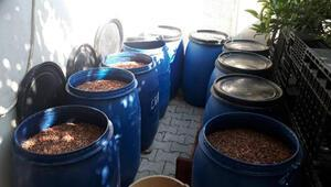 Adana'da bin 575 litre sahte içki ele geçirildi
