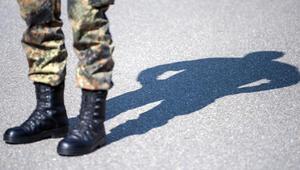 Aşırı sağcı askerde 17 isimlik liste ele geçirildi