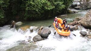 Türkiyede yeni bir rafting parkuru: Rize Tunca Vadisi
