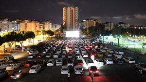 13 bin 500 vatandaş Arabada Sinema izledi
