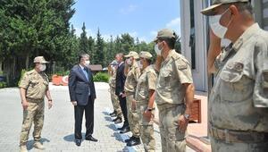 Vali Yılmaz, İl Jandarma Komutanlığını ziyaret etti