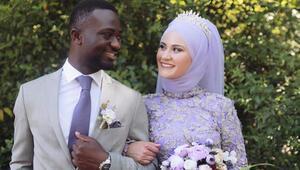 Konyalı Büşra ile Fildişili Ahmetin aşk hikayesi Aşk farklılık tanımaz