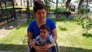 SMA hastası çocuğu olan anneden genetik çalışmalar için imza kampanyası