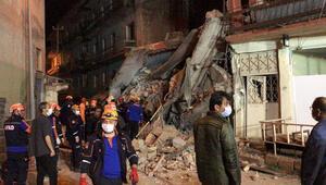 Erzurumda kullanılmayan 5 katlı bina tamamen çöktü