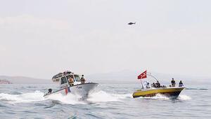 Van Gölünde dram: 55-60 göçmeni taşıyan tekne battı, 6 cansız bedene ulaşıldı
