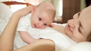 Yeni doğan bebeklerin bakımı nasıl yapılır