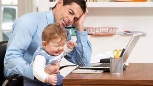Babalar ağlayan çocuğu nasıl susturmalı