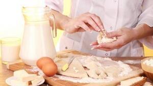 Çiğ hamur yiyenlere kötü haber