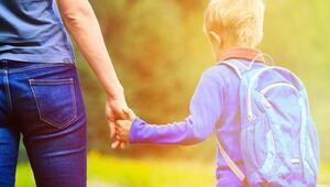 Çocukların okul fobisini anneler tetikliyor