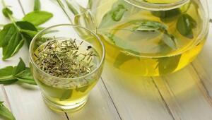 Yeşil çay ile aşırı terlemeyi önleyin