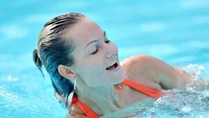 Yavaş yüzmeye ve iyi nefes almaya dikkat edin