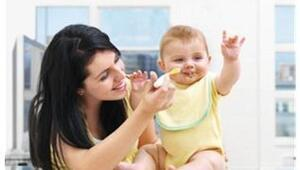 Bebeğiniz hangi ay ne yemeli
