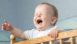 Ağlayan bebek nasıl yatıştırılır