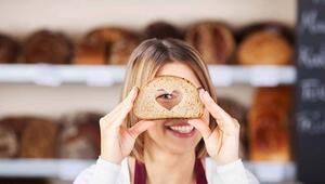 """Ender Saraç: """"Diyet yaparken ekmeği kesmeyin"""""""