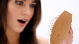 Kadınlarda saç dökülmesi neden olur