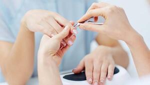 Berber, dişçi ve kuaförlerde bulaşıcı hastalık riski