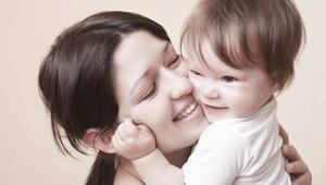 Doğuştan göz kapağı düşüklüğü neden olur
