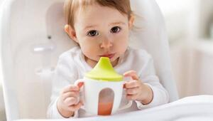 1 yaşını doldurmayan çocuklara meyve suyu vermeyin
