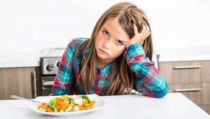 Yemek seçen çocuğunuzu nasıl sağlıklı beslersiniz