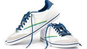 Beyaz ayakkabıları temizlerken bunlara dikkat edin