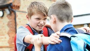 Çocuğunuz akran zorbalığına maruz kalıyor olabilir mi