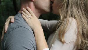 Öpüşmenin sağlığa faydaları saymakla bitmiyor