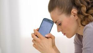 Cep telefonu bağlantısını kaybetme korkusu acı veriyor
