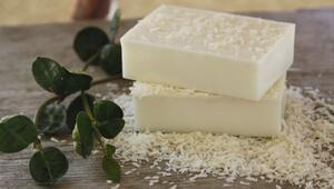Bebek gibi bir cilde sahip olmak için doğal pirinç sabunu