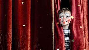 Tiyatro oyunları çocukların hayal dünyasını geliştiriyor