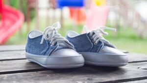 Çocuklara ayakkabı seçerken moda değil sağlık ön planda olmalı