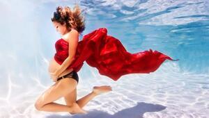 Su altında çekilen sıra dışı hamilelik fotoğrafları