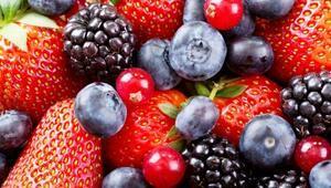 Sağlıklı kalbe giden yol kırmızı besinlerden geçiyor