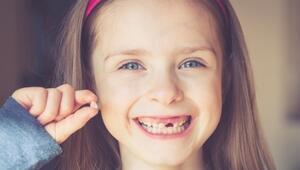 Çocuğunuzun süt dişlerini sakın atmayın