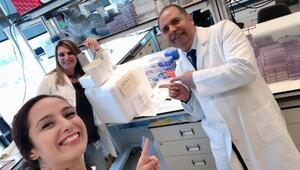 ABD'deki Türk ekip meme kanserine çare olacak ilaç çalışmasında sona yaklaştı