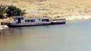 Şu ana kadar 6 kişinin cesedi bulundu, içinde 60 kişi olduğu iddia edildi İşte o kayıp tekne...
